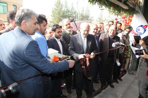 افتتاح اولین خط تمام اتوماتیک تولید رادیاتور پانلی کشور در شرکت لورچ